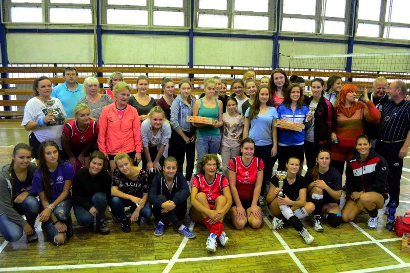 volejbalovy-turnaj-o-pohar-mo-matice-slovenskej-prievidza-2014-8