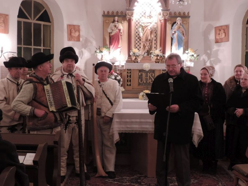 adventny-koncert-macov-2013-9